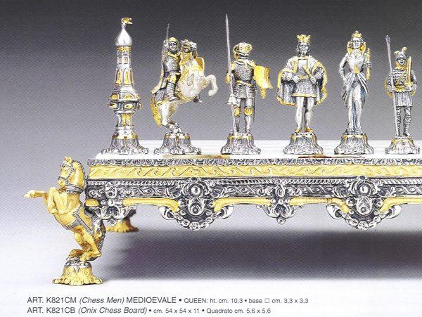 Big Medioeval Chessmen